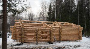 Март 2018 год сруб Дмитров Московская область дом размерами 11 на 14 метров 1
