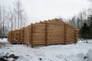 Март 2018 год сруб Дмитров Московская область дом размерами 11 на 14 метров 3